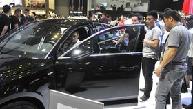 Imported automobiles into Vietnam decrease sharply