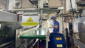 Production at a plastic enterprise. (Photo: SGGP)
