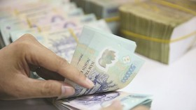 US removes Vietnam out of list of currency manipulators