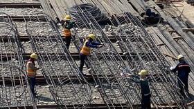 The paradox of construction material market