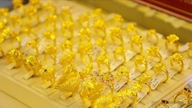 Đồng USD và Bitcoin khởi sắc đẩy vàng lùi bước