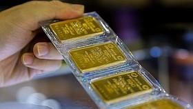 Giá vàng miếng trong nước đang đắt hơn giá thế giời1 gần 6,6 triệu đồng/lượng.