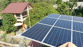 Solar panels installed on houses in HCM City (Source: ves-vn.com)
