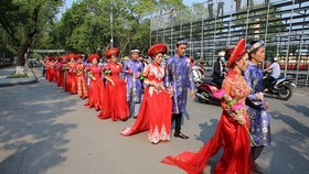 Thua Thien-Hue Province holds mass wedding of worker couples. (Photo: Sggp)