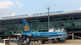 Tan Son Nhat International Airport would be expanded to be able to receive 50 million passengers per year. (Photo: vietnambiz.vn)