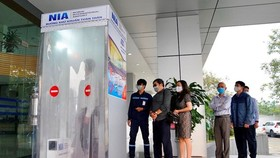 The disinfection chamber was invented and assembled by young engineers of the Noi Bai Aviation Technical Service Centre (Photo: VNA)