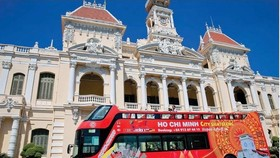 Hop on Hop Off Bus in Ho Chi Minh city (Photo: SGGP)