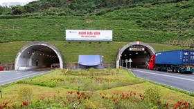 Both tunnels help save travel time for vehicles, reduce congestion and the number of traffic accidents.