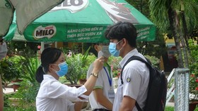 Schools in HCMC strengthen the prevention and control of Covid-19 epidemic. (Photo: SGGP)