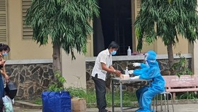 More than 1,000 recovered COVID-19 patients in Ho Chi Minh City will be discharged from hospitals each day in the next day (Photo: SGGP)