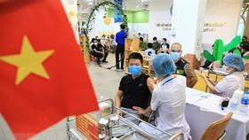 Germany's newspapers spotlights Hanoi's mass Covid-19 vaccination