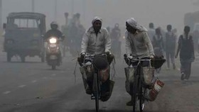 New Delhi đóng cửa toàn bộ trường tiểu học do khói mù ô nhiễm