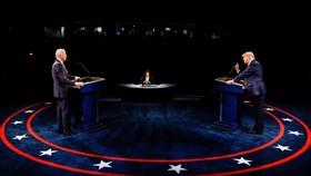 Cuộc tranh luận cuối cùng giữa đương kim Tổng thống Mỹ Donal Trump và ứng viên Joe Binden. Ảnh: REUTERS