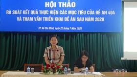 Phó Chủ tịch Hội Liên hiệp Phụ nữ Việt Nam Trần Thị Hương chủ trì hội thảo