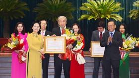 TPHCM tuyên dương, khen thưởng hơn 200 tập thể và cá nhân vì sự nghiệp giáo dục
