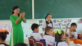 TPHCM: Trường học kết hợp hai hình thức trực tiếp và trực tuyến tổ chức tổng kết năm học