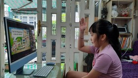 TPHCM: Hơn 72.000 học sinh sẽ được hỗ trợ thiết bị học tập trực tuyến