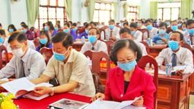 Đồng chí Trương Thị Mai dự đại hội Đảng ở xã điểm Tân Hạnh tại Vĩnh Long