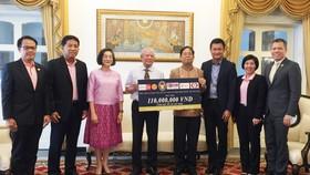 Tổng Lãnh sự quán Thái Lan tại TPHCM trao tiền hỗ trợ bệnh nhân nghèo thông qua Hội bảo trợ bệnh nhân nghèo TPHCM