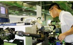 我國吸引許多外國企業前來投資生產。