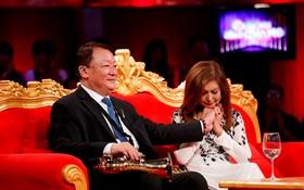 畫眉歌手在《光環背後》節目上公開自己的不美滿婚姻經歷。