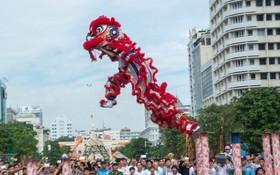 衡英堂去年在阮惠步行街表演的節目。