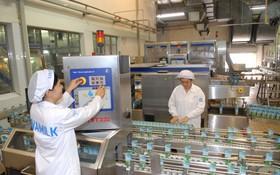 我國多家企業改進生產技術以提高質量和產量。