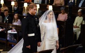 圖為二人在聖喬治教堂內。(圖源:路透社)