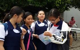 文朗學校的學生在交換考試心得。