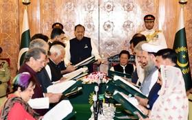 巴基斯坦新內閣宣誓就職儀式。(圖源:新華網)