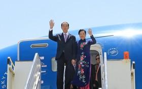 國家主席陳大光與夫人抵達埃及盧克索機場。(圖源:顏創)