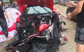 事故使汽車車頭破爛。(圖源:山范)