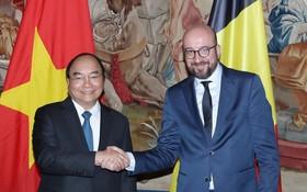 政府總理阮春福與比利時首相夏爾‧米歇爾會談。(圖源:越通社)