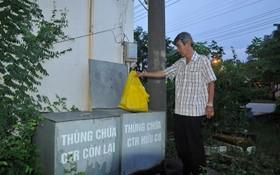 本市新順出口加工區某工廠進行就地分類垃圾。