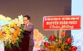 日本駐胡志明市總領事川上純一(Kawaue Junichi)在越-日文化貿易交流會上致詞。(圖源:寶忠)