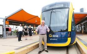 澳洲總理莫里森8日宣佈將成立20億澳元的基金,為太平洋國家基礎設施的建設提供貸款。圖為澳洲總理莫里森日前在澳洲黃金海岸宣傳輕軌。(圖源:EPA)