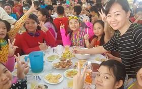 明道小學五年級學生探訪故鄉人道中心的課外活動一瞥。