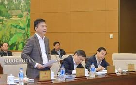司法部長黎成龍在會議上發言。(圖源:Quochoi.vn)