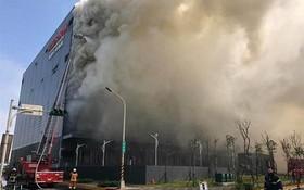 台灣嘉里大榮物流公司火警現場。(圖源:互聯網)