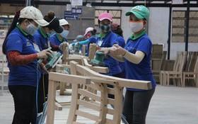 今年初,平陽省345家企業因拓展生產、加建廠房,而須招聘逾4萬7500名勞工。(圖源:互聯網)