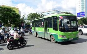 巴士活動在過去期間遇上許多阻礙,須加緊解決。