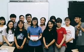 武金寶(前排左四)獲網上最多人評選獎項。