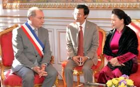 國會主席阮氏金銀接見法國圖盧茲市市長。(圖源:越通社)