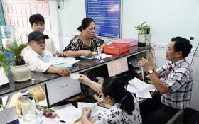 民眾來第十郡第四坊人委會辦理手續時不需久等並獲得細心指引。