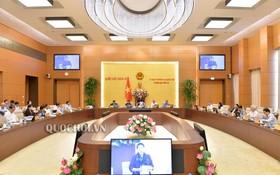國會常務委員會將於本月8至10日在首都河內國會大廈召開第三十四次會議。圖為國會常務委員會第三十三次會議現場。(圖源:Quochoi.vn)