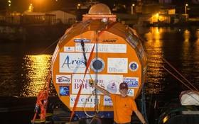 薩曼完成橫渡大西洋之旅。(圖源:AFP)