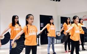 學員將有機會學習越南民族舞蹈。