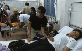 獲送夷靈縣醫療中心救治的疑食物中毒患者。(圖源:克瀝)