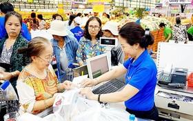若干超市轉用易分解塑料袋以有助維護環境。