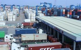 今年前5個月,我國對中國貿易逆差達162億美元,增45.9%。圖為本市吉萊國際集裝箱港一瞥。(示意圖源:互聯網)